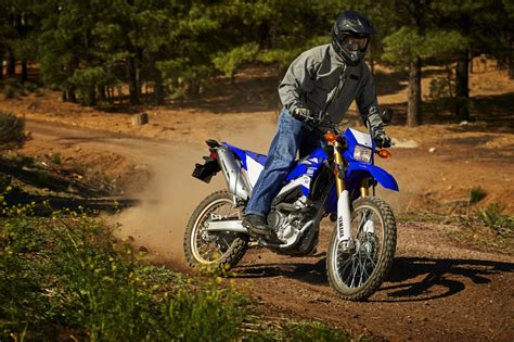 Yamaha Wr250 R Hd Photo by 2017 Yamaha Wr250r Buyer S Guide Price Specs