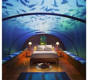 cool fish tanks for bedrooms - bedroom.   Cool houses ...