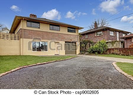 maison garage all 233 e ext 233 rieur arri 232 re cour maison garage jaune all 233 e ext 233 rieur