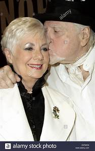 Shirley Jones And Marty Ingels Stock Photos & Shirley ...