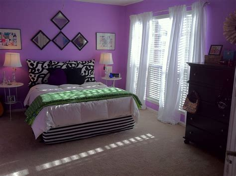 purple wall decor for bedrooms diy fabric bedroom decor with purple wall paint 2957 19572 | diy fabric bedroom decor with purple wall paint