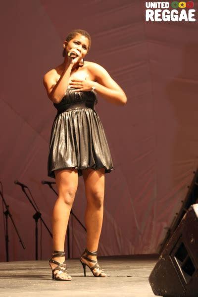 singer samantha strong steve james jaria awards 2013