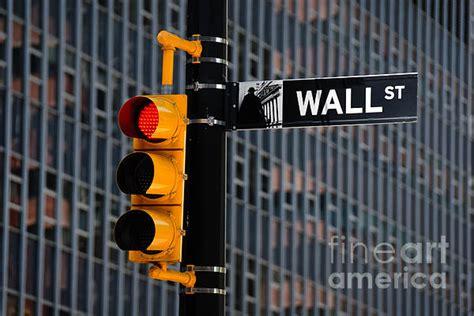 wall street traffic light new york photograph by amy cicconi