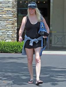 Heather Locklear sparks concern as she's spotted with nose ...