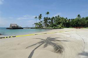 Kailua Bay remains closed after sewage line rupture - West ...