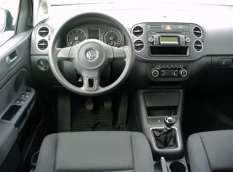 pieces interieur golf 4 file vw golf plus 1 4 trendline united grey interieur jpg wikimedia commons
