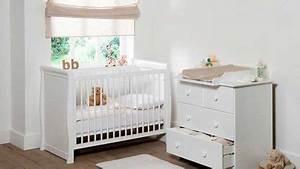 decoration chambre bebe mixte With déco chambre bébé pas cher avec livrer des roses