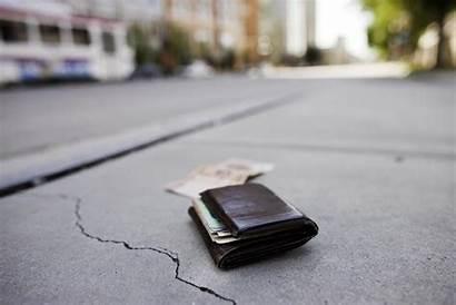 Wallet Lost Segepok Uang Ground Alasan Bawa