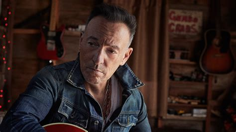 Bruce Springsteen Wants You Support Veterans Time