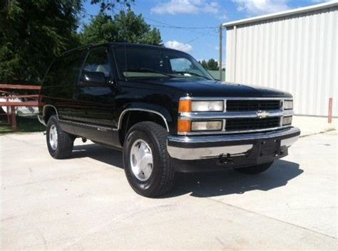 all car manuals free 1997 chevrolet tahoe electronic throttle control sell used 1997 chevrolet tahoe lt rare 2 door 5 7l all stock in smithville tennessee united