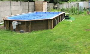 bois pour piscine hors sol un amnagement complet habille With piscine en bois semi enterree pas cher 9 les points forts dune piscine hors sol en bois