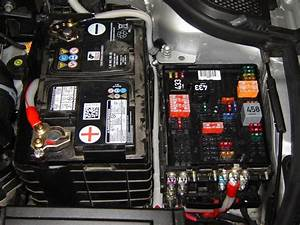 Fusible Audi A3 : fuse box on audi a4 audi auto fuse box diagram ~ Maxctalentgroup.com Avis de Voitures