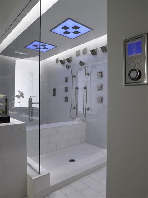 universal design showers safety  luxury hgtv