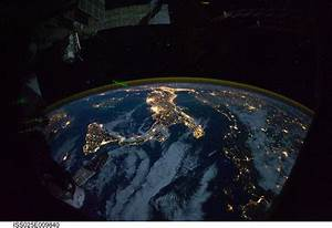The Photamateur: Space station's spectacular views of Earth