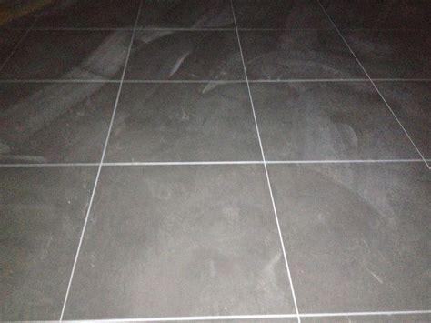 plan de travail cuisine gris anthracite joint blanc carrelage au sol gris 18 messages
