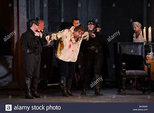 Welsh National Opera production of Tosca by Puccini ...