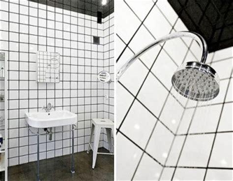 relooking salle de bain murs carrelage balnc joints noir