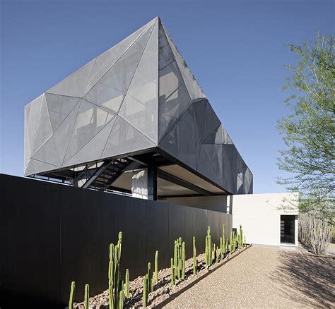 scintillating desert house  las vegas brings