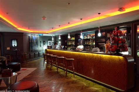 L?Appart  Rooftop Restaurant & Bar at Sofitel Bangkok