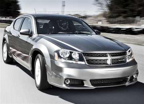 dodge avenger rt photo