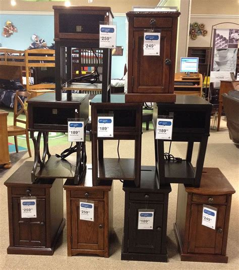 power side  tables complete  electrical outlets
