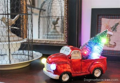 Red and Metallic Tablescape With Boscov?s Holiday Decor