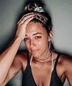 Jana Kramer breaks down in tears and admits she's ...
