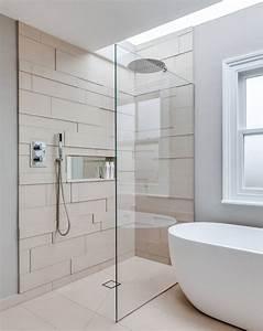 Regal Für Dusche : duschkabine im badezimmer ebenerdig unsichtbarer ablauf 3d fliesen beige wandnische regal ~ Eleganceandgraceweddings.com Haus und Dekorationen