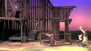 Children's Theatre production of Charlotte's Web - YouTube