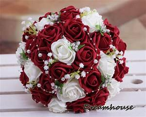 The gallery for --> Beautiful Red Roses Bouquet