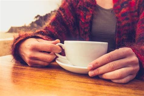 Caffeine peps you up by affecting a chemical in your brain. Home Remedies for Caffeine Withdrawal - Step To Health