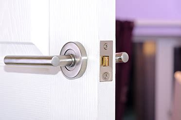 Apartment Door Locksmith  Latest Bestapartment 2018. Identity Theft Resolution Services. Heartland Dental Care Indianapolis. Masters In Consumer Psychology. Self Storage Rates San Diego Epic Emr Demo. University Of Florida Apply Online. Vector Security Warrendale Pa. What Is Inbound Marketing Plumbing Arvada Co. Video Gaming Design Schools Cape Fear Rehab