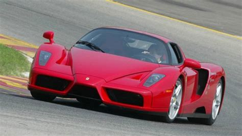 Enzo Horsepower by Enzo Successor To Churn Out 920 Horsepower Weigh