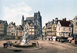 Abbeville - France - St Vulfran And Square Of Admiral