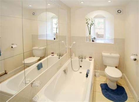 Inspiring Bathroom Ideas For Small Spaces #4 Small Narrow