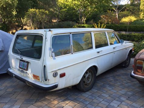 volvo  wagon great rust  project  sale