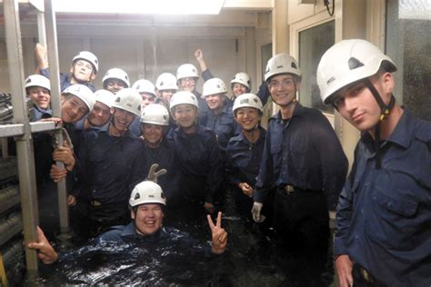 Boatswain Course by Cadets Get Sweaty And Soaked At Galiano Pacific Navy News