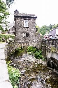 Bridge House in Ambleside: A Rare 17th-Century Lake ...