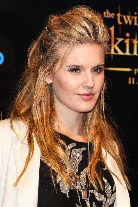pictures  maggie grace picture  pictures