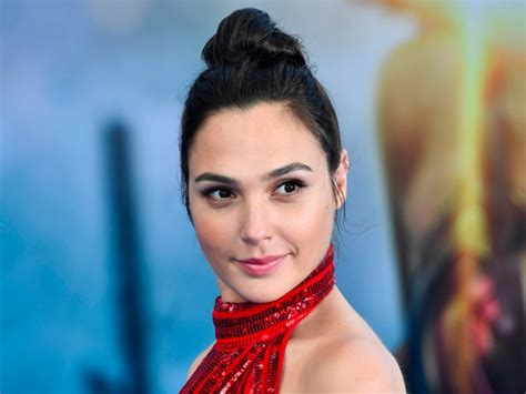 Gal Gadot's 'Wonder Woman' salary was shockingly low ...