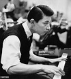 Chinese pianist Fou Ts'ong records Mozart's 'Concerto in E ...