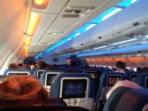 siege air transat plan de cabine air transat airbus a330 300 346pax