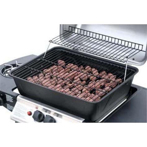 barbecue a gaz avec de lave barbecue 224 gaz pas cher en solde
