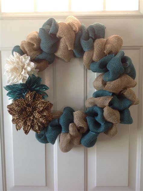 how to make a burlap wreath with two colors two toned burlap wreath i want to make these