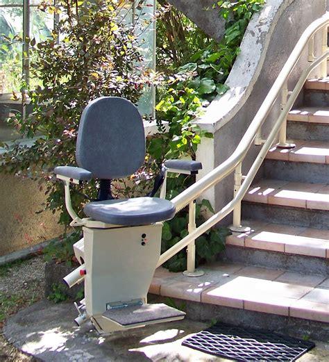 monte escalier ascenseur elevateur pour personne handicap 233 31 toulouse entreprise artisanale
