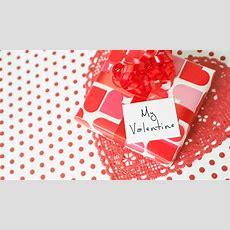 12 Valentine's Day Gifts For New Boyfriends Valentine's Day Gifts For Your New Beau