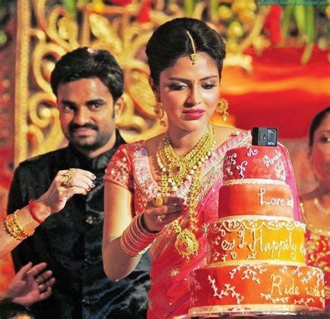 cine actors  amala paul director vijay marriage