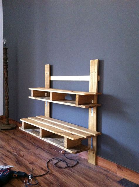 Tv Rack Wandmontage by Recycled Pallet Tv Media Wall Mounted Rack Diy Pallet