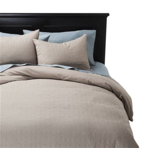 Target Deals On Nate Berkus And Threshold Bedding My