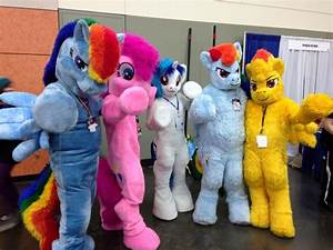 MLG Brony Convention (BronyCon) Day 1 - YouTube